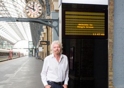 2017-05-26_Virgin_trains_platformX_0194